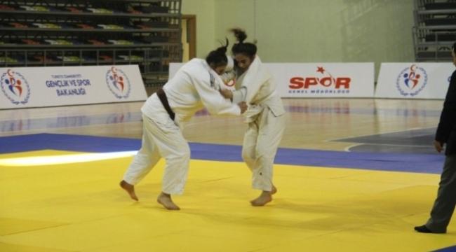 Malatyalı erkek judocular 1.oldu