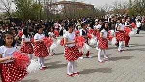 Arguvan'da 23 Nisan Ulusal Egemenlik ve Çocuk Bayramı