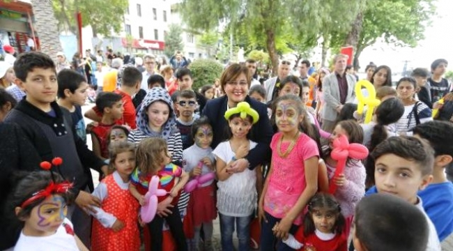 Suriyeli çocuklarda 23 nisan sevinci