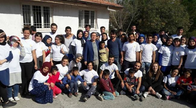 Rektör Kızılay'a, toplumsal duyarlık projeler topluluğundan tam not