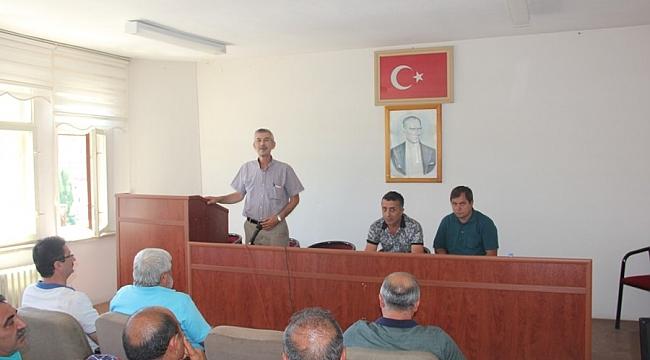 Arapgirspor Kulübü Olağanüstü Genel Kurulu Arapgir Belediyesi Toplantı Salonunda yapıldı