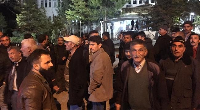 Ak Parti ve CHP'den Kazgan'a itiraz