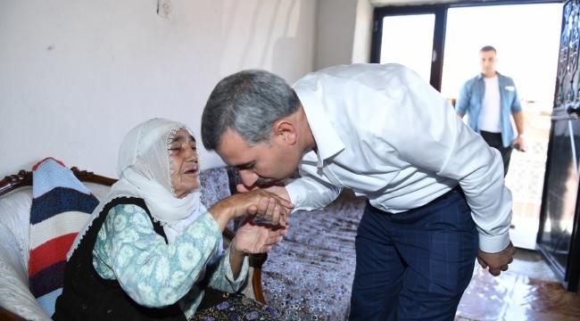 """Başkan Çınar'ın """" Anneler Günü"""" Mesajı"""