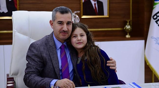 """""""Ramazan Bayramı'nın Milletimize Sağlık, Mutluluk Ve Huzur Getirmesini Temenni Ediyorum"""""""