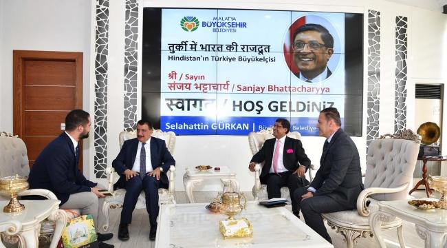 Hindastan büyükelçisi Malatya Büyükşehir belediyesini ziyaret etti