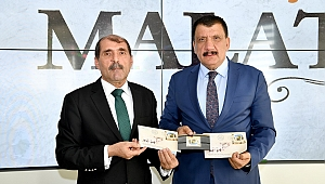 PTT Başmüdürü Coşkun, Gürkan'ı ziyaret etti.