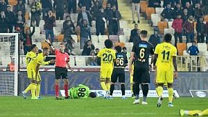 Yeni Malatyaspor'a yine hakem çelmesi
