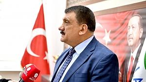 Başkan Gürkan Gönüllere su serpti
