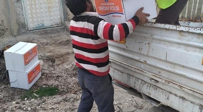 Yazıhanda Ramazan gıda yardımı yapılıyor