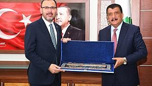 Bakan Kasapoğlu'ndan Başkan Gürkan'a ziyaret