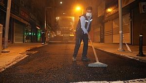 Tenzile sokakta asfalt çalışması
