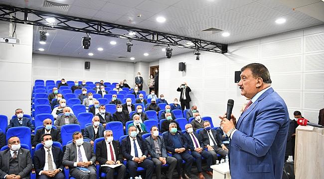 Arguvanlı muhtarlardan Başkan Gürkan'a teşekkür