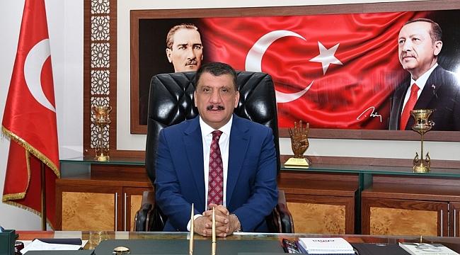 Başkan Gürkan'dan öğretmenler günü açıklaması