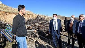 Başkan Gürkan depremin merkez üssünde