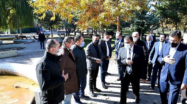 Başkan Gürkan Sümer Park esnafıyla bir araya geldi