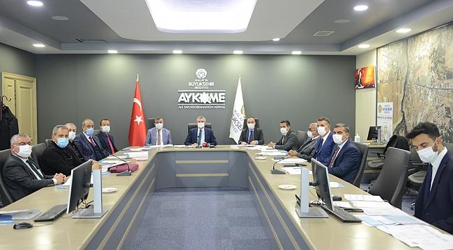 Büyükşehir'de karla mücadele toplantısı gerçekleştirildi