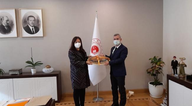 Başkan Çınar Ankara'da temaslarda bulundu