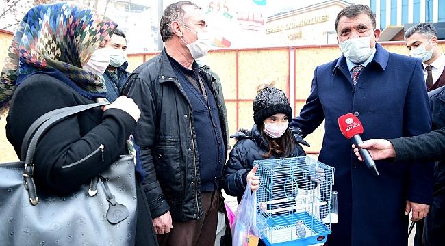 Başkan Gürkan Minik Kardelen'in isteğini yerine getirdi