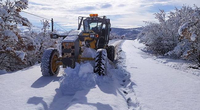 Köy yolları ulaşıma açıldı
