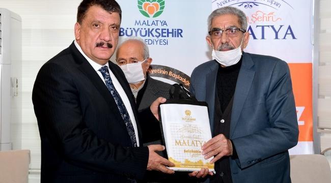 Muhtarlardan Başkan Gürkan'a teşekkür