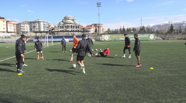 Yeşilyurt belediyespor şampiyonluk kenetlenmesi