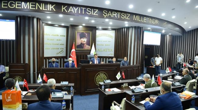 Büyükşehir belediye meclisi eylül ayı toplantısına başladı